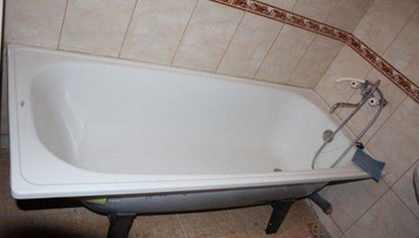 из металла ванны