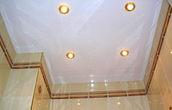 Натяжной потолок в туалет своими руками