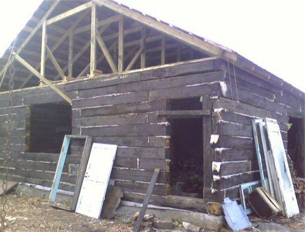 фото дома из шпал
