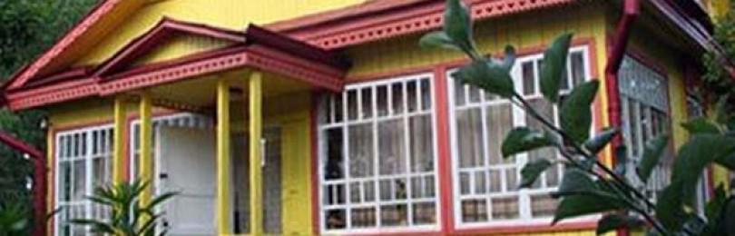 Фасадные краски: чем покрасить дом снаружи