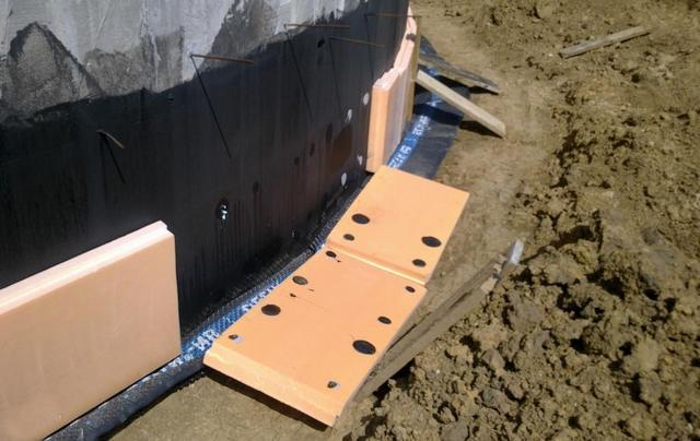 установка блоков на клей